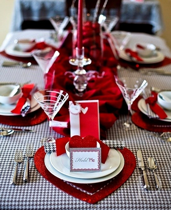 Pamela copeman valentine tablescapes for Valentines dinner party ideas