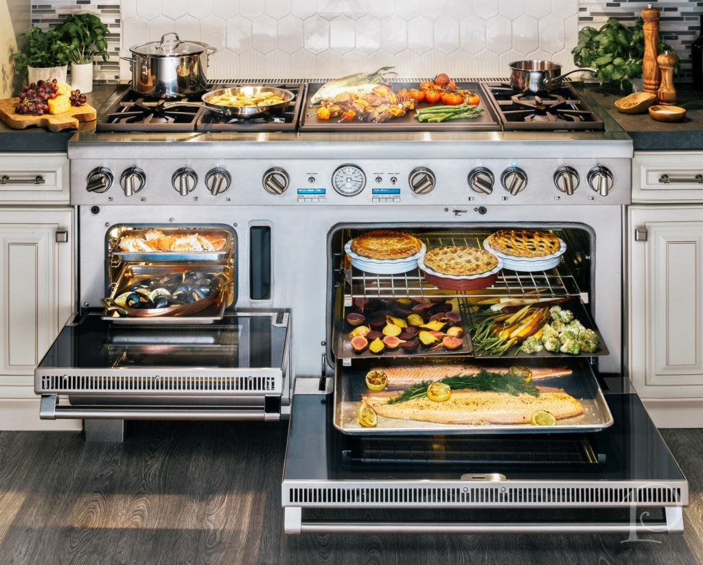 oven and a 36u201d convection oven or 2 large double convection ovens 1 30u201d 1 36u201d this is the ultimate culinary center complete with star burners