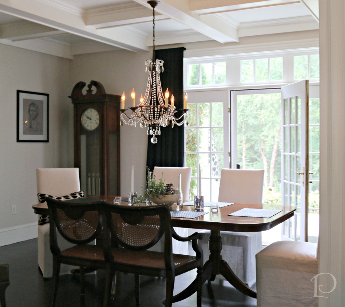 Pamela Copeman Design dining room black and dramatic